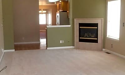 Living Room, 731 SE 3rd St, 1