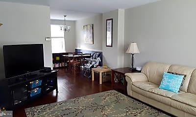 Living Room, 4676 36th St S B, 1
