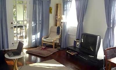 Living Room, 718 Argonne Ave NE, 1