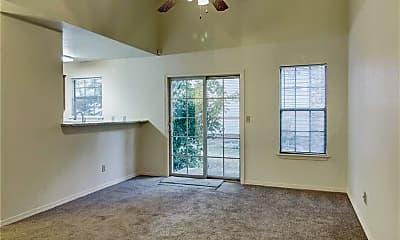 Living Room, 1730 N Chestnut Ave, 1