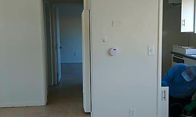 Bedroom, 2052 W Linden St, 2