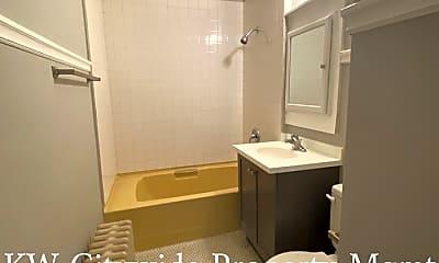 Bathroom, 1301 W 85th St, 1