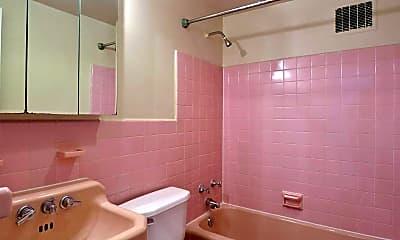 Bathroom, The Colonade, 2