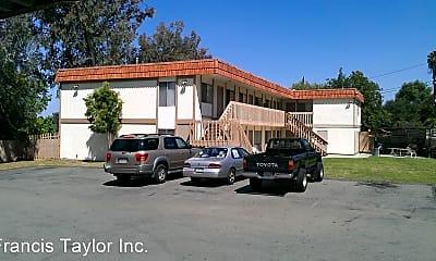 Building, 355 Idaho Ave, 2