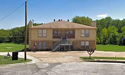 Building, 143 Allencrest Dr C, 2