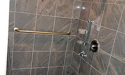 Bathroom, 136 Royal Oak Dr, 2