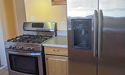 Kitchen, 2124 Bennett St, 1