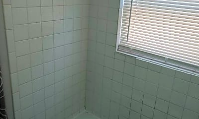 Bathroom, 4809 Saddlebrook Ln, 2
