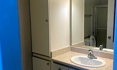 Bathroom, 5332 Russell Ave, 0