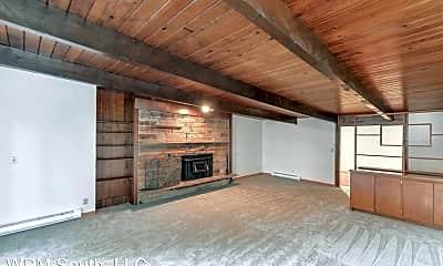 Patio / Deck, 958 Sunset Blvd NE (A-F), 1