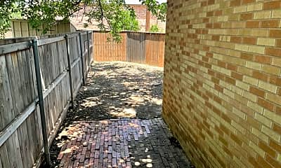 Patio / Deck, 3804 23rd St, 1