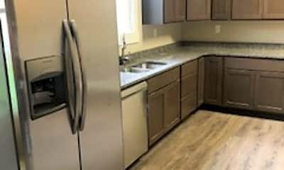 Kitchen, 619 E Franklin St, 0