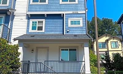 Building, 10386 156th Pl NE, 1