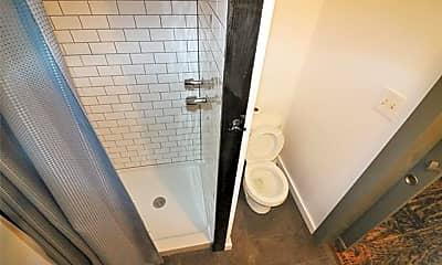 Bathroom, 1726 Seevers Ave 6, 2