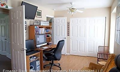 Living Room, 5902 2775 W St, 2