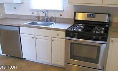 Kitchen, 421 Willow St, 1