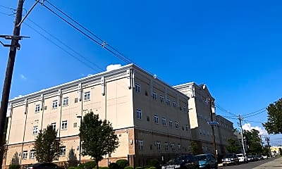 Sheridan Luxury Apartments, 0