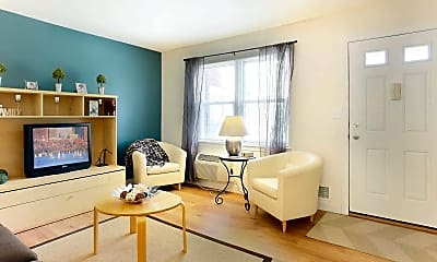 Living Room, Greenwoods, 1