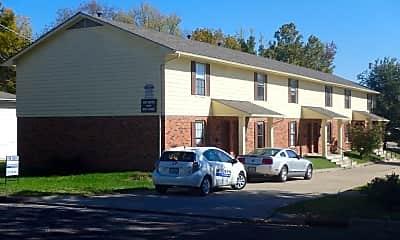 Building, 900 Moss St, 0