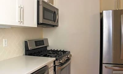 Kitchen, 710 Riverside Dr, 1