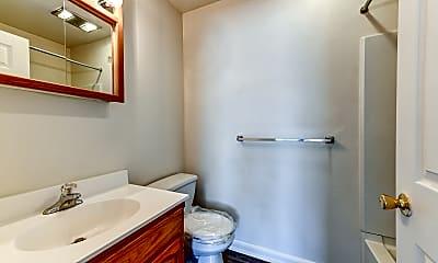 Bathroom, Pioneer Woods, 2