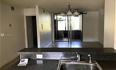 Kitchen, 5761 Riverside Dr, 0
