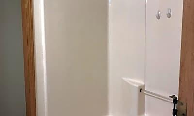 Bathroom, 8912 SE Lafayette St, 2