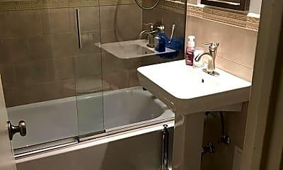 Bathroom, 766 Bronx River Rd B6B, 2