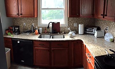 Kitchen, 533 Spartan Ave, 1