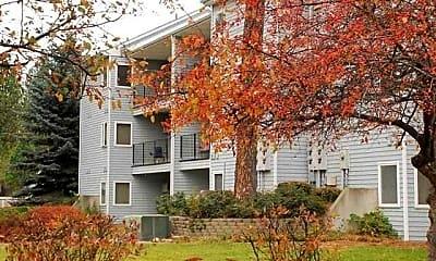 Building, Trails End Apartments, 2