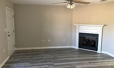 Living Room, 277 Co Rd 737, 1