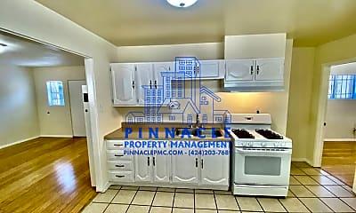 Kitchen, 1532 Locust Ave, 1