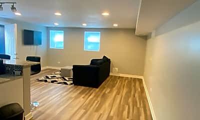 Living Room, 1020 W 19th St G, 1