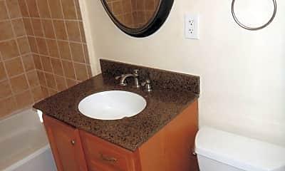 Bathroom, 51 Elm Ave, 2