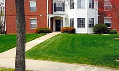 Building, Richmond Hill Estates Apartments, 1