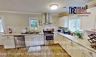 Kitchen, 1015 River St, 1