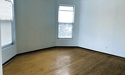 Living Room, 1512 N Kedvale Ave, 2