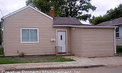 Building, 1704 1st Ave SE, 0