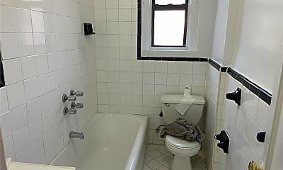 Bathroom, 3343 Sedgwick Ave, 1