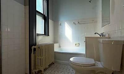 Bathroom, 2629 N Maryland Ave, 2