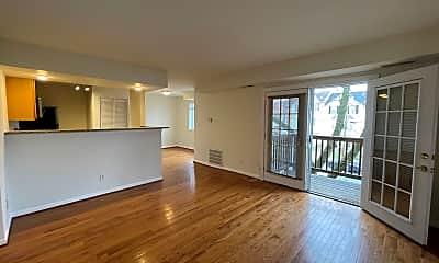 Living Room, 2512 Markham Ln 3, 1