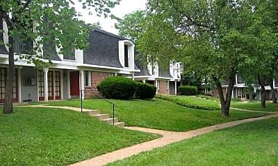 Building, Parkwood Place Apartments, 1