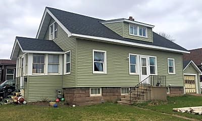Building, 402 N 38th Ave W, 2