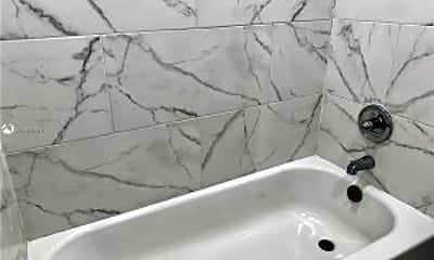 Bathroom, 2316 Freedom St, 2