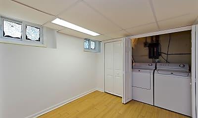 Kitchen, 712 N Western Ave, 2