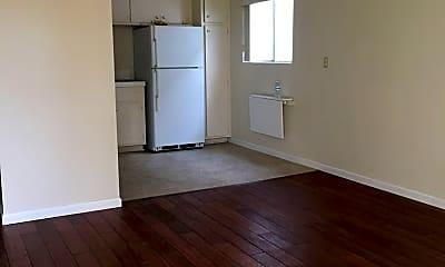 Living Room, 58 N Ann St, 0