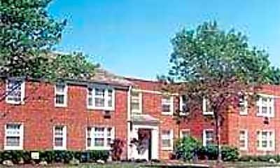 Warren Garden Apartments, 0