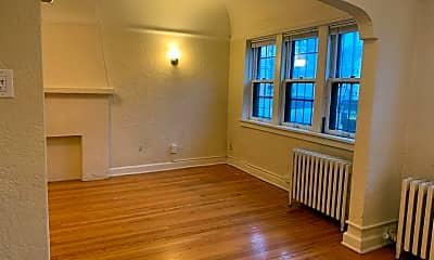 Living Room, 3317 N Oakland Ave, 0