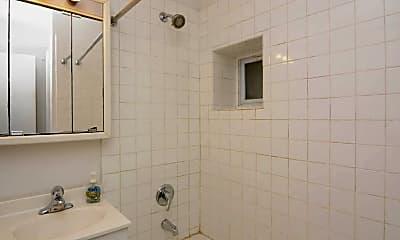 Bathroom, 3164 N Orchard St, 2