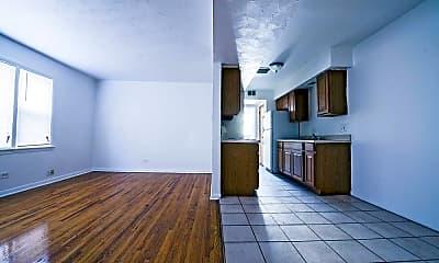 Kitchen, 2045 E 75th St, 2